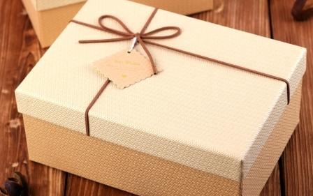 Как правильно выбирать подарочную коробку?
